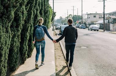 Ονειροκρίτης γνωριμία - ραντεβού