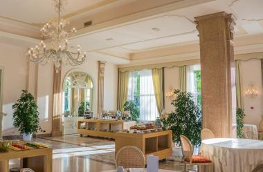 Ονειροκρίτης ξενοδόχος - ξενοδοχείο