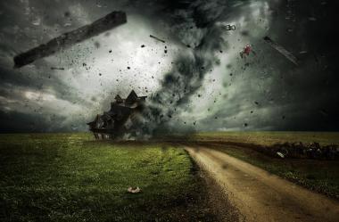 Ονειροκρίτης κυκλώνας - τυφώνας