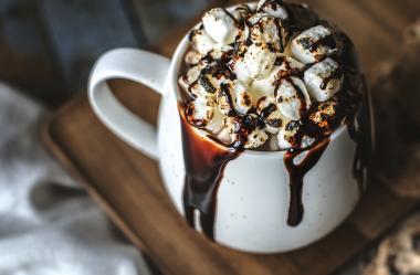 Ονειροκρίτης σοκολάτα (ρόφημα κακάο - σοκολατάκια)