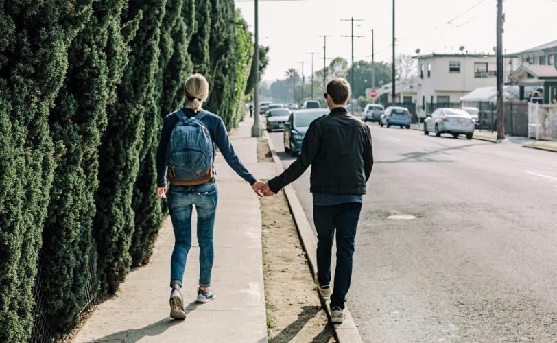 γνωριμίες σε απευθείας σύνδεση ραντεβού