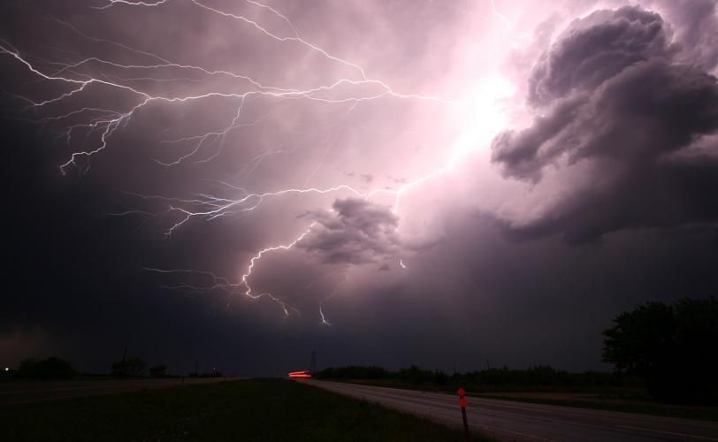 Ονειροκρίτης καταιγίδα (μπόρα - θύελλα)