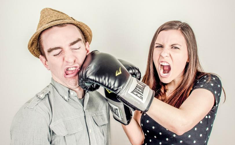 Couple fighting - Meaning of argument - fight in dreams